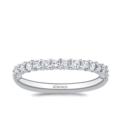 Trellis U-Prong Diamond Band